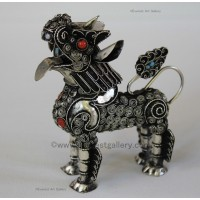 Filigree Standing Snow Lion